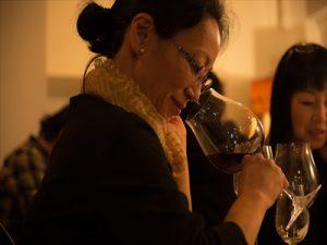 「ワインとマリアージュ!ピアノを聴きながら過ごすちょっぴりおしゃれな秋の日曜日」がバルアラディさんで開催!立川新聞初のイベントの様子をお届け。