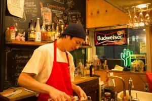 【立川グルメ】カリフォルニアの雰囲気が漂う立ち飲み屋さんのようなBAR/Loco Tachikawaさん。HAPPYHOURは300円?