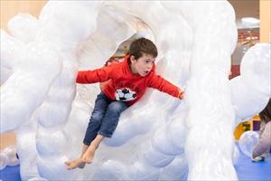 GREENSPRINGS(グリーンスプリングス)内に子どものための屋内施設「PLAY! PARK(プレイパーク)」がオープン!