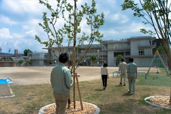 立川第一小学校グラウンド