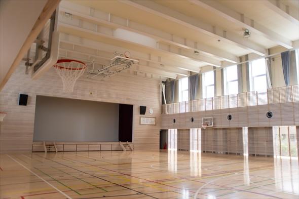 立川第一小学校体育館